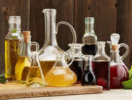 buonitalia_intro_oil_vinegar.jpg