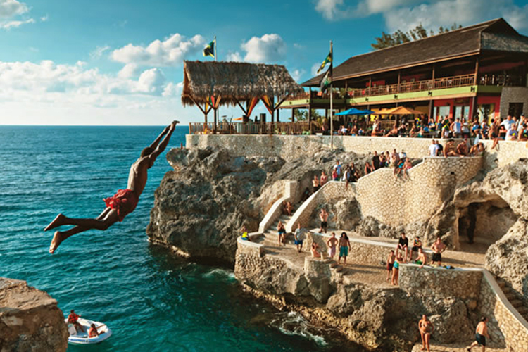 jamaica-best-bars-Ricks-Cafe-