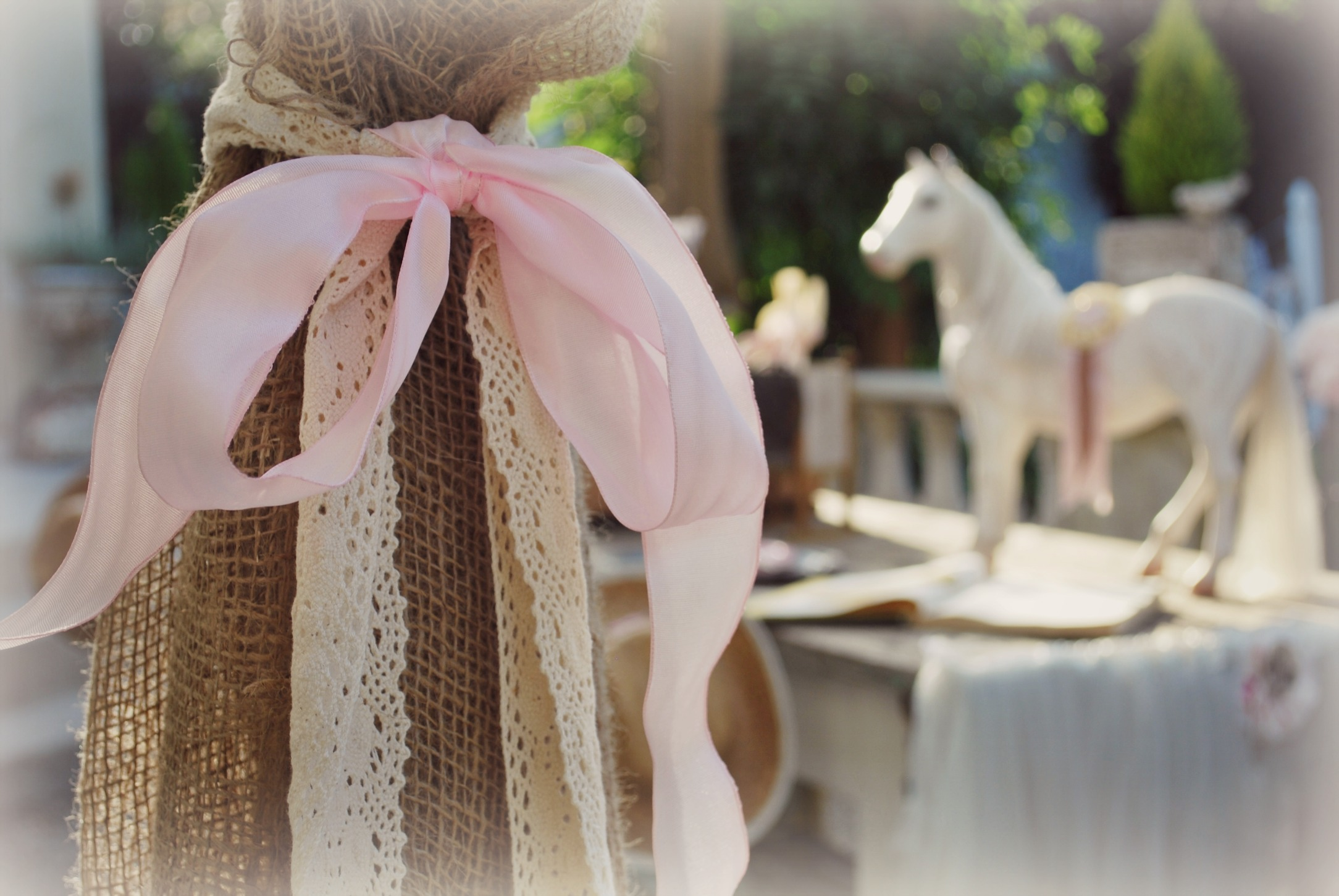 Burlap with Lace & Pale Pink Velvet