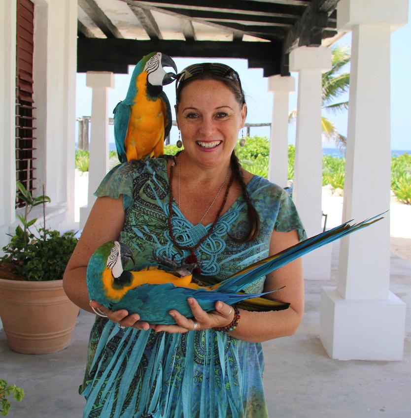 Hermaphroditic Lizards, Macaw Love & Teeny Baby Crocodiles
