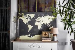 Tamsiai pilkas pasaulio žemėlapis