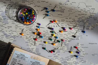 Spalvoti smeigtukai žemėlapiams