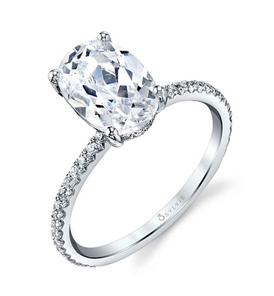 Maryam - Oval Cut Solitaire