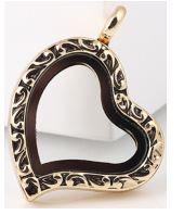 Locket - Gold Filigree Heart