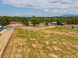 Residential Land for Sale in Los Lunas, New Mexico, 1.5 Acres, City Utilities, Listed by Qualified Broker Nicole Golino of Nino Trujillo and Company.