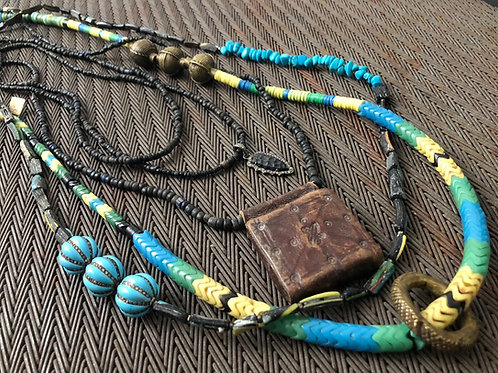 NECK PARTY African necklaces