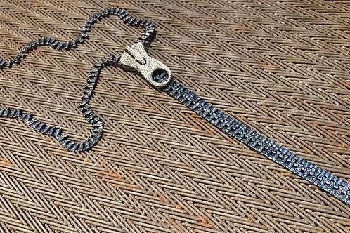 ZIPPER with diamond & blue sapphire  necklace
