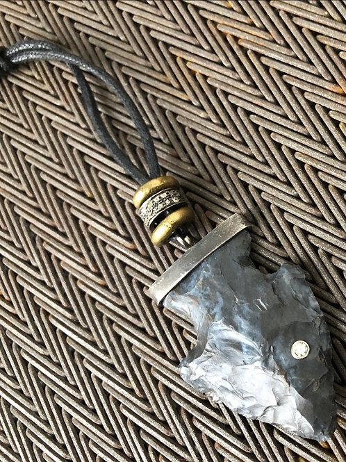 ARROWHEAD diamonds & leather brass necklace
