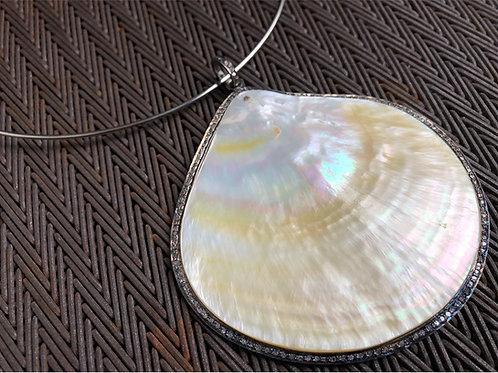 Pearl pendant with diamonds & silver