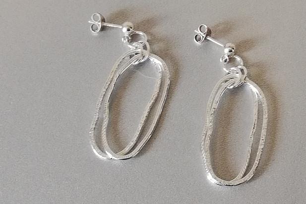Louise Howitt - Pebble double earrings in silver