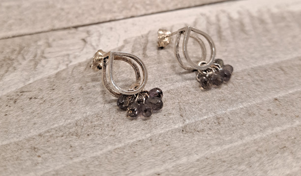Caroline Draper - Lotus earrings in silver with stormy sapphires