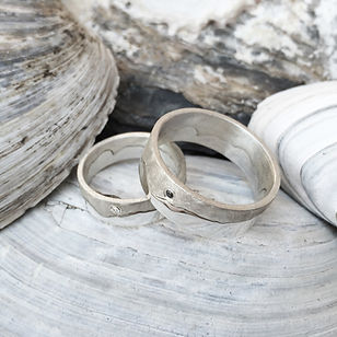 HannahLouiseLamb-silver-coast-rings-with