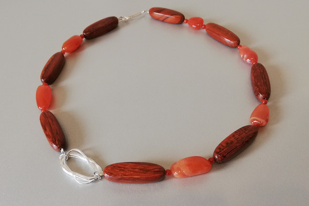 Louise Howitt - Pebble necklace with silver, carnelian and bayong wood