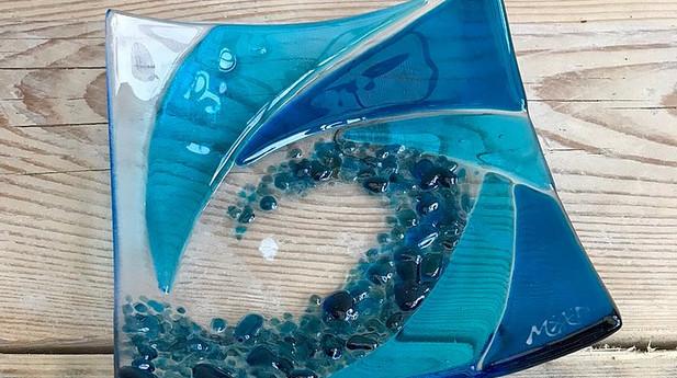 Mother & Daughter Glass - Beach Dish Medium