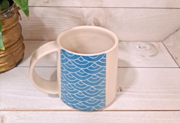 Emma Puddick - Sgraffito Waves Mug in blue