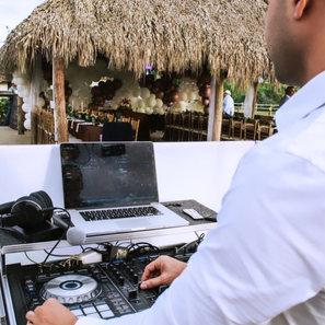DJ Ariel Miami PartyMusic