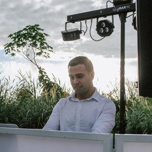 DJ Ariel PartyMusic Miami
