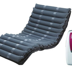 Alternating therapy kit mattress and pump domus