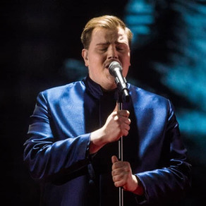 #Finland Aksel- Looking Back Lyrics