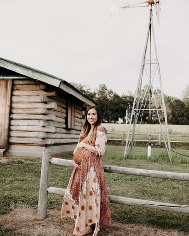 Midwest Maternity Photographer