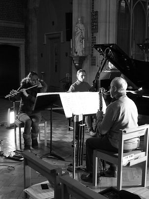 Gemini recording Jonathan Harvey's The Riot in a very cold church