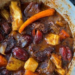 Medjool Date & Root Vegetable Meat Stew