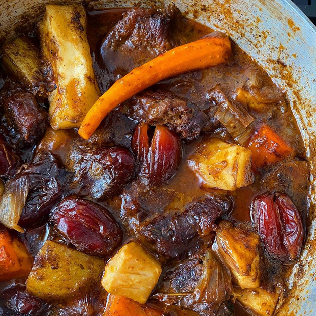 Medjool Date & Root Vegetable Meat Stew