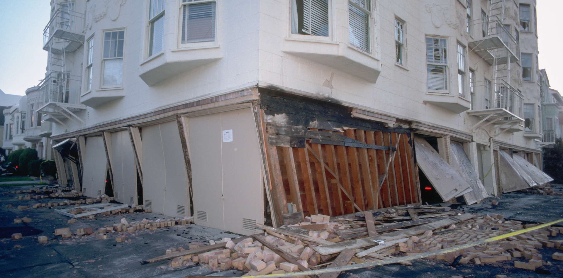Soft Story_Fail_Los Angeles_LA Structura