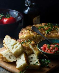 garlic-thyme-no-knead-focaccia-4.jpg
