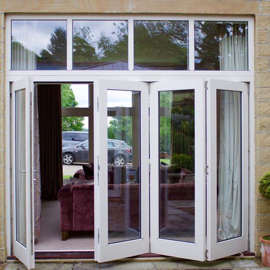 4 Section Bi-Fold Door Set w/Fan Light