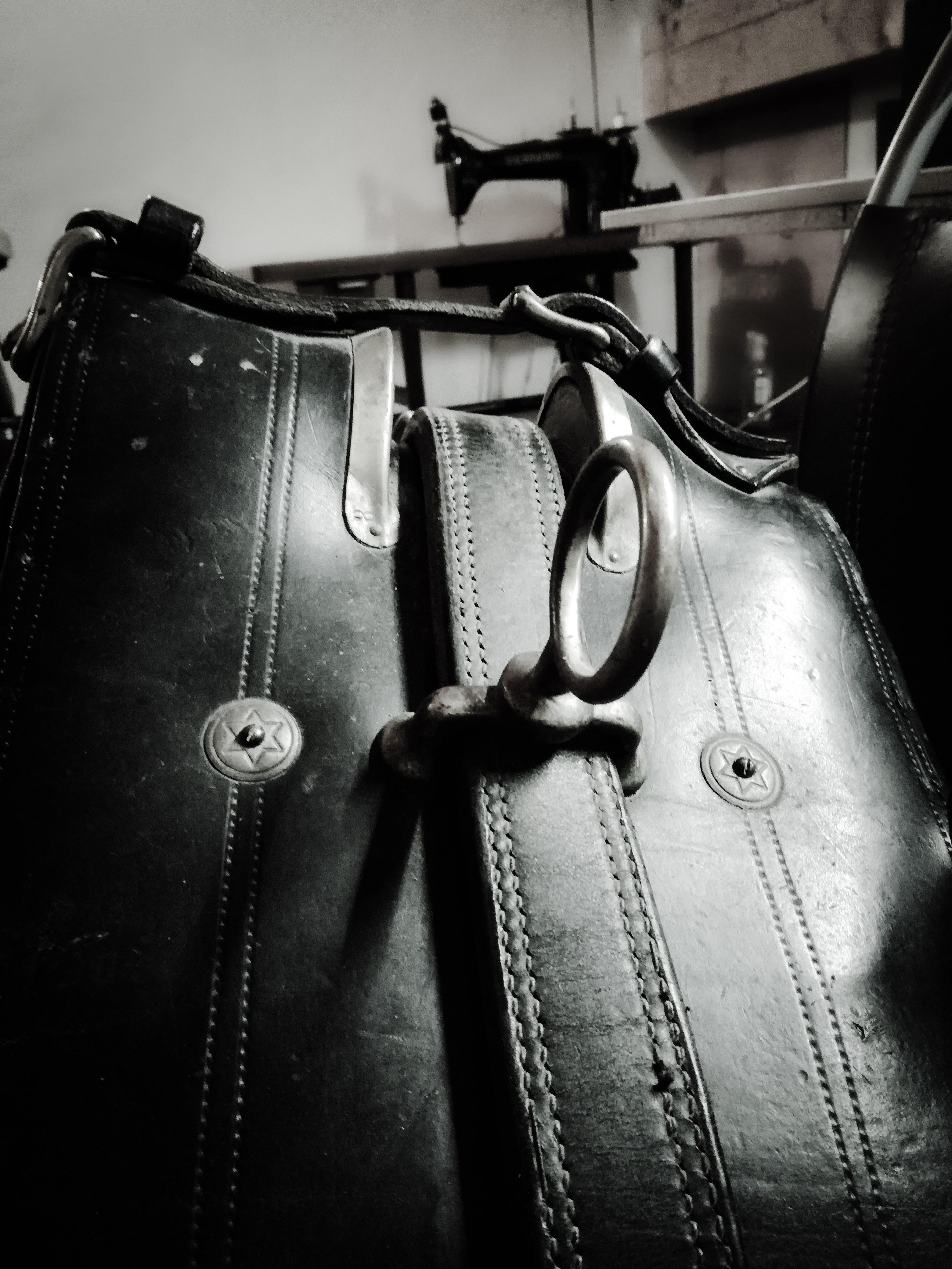Réparation matériel équitation