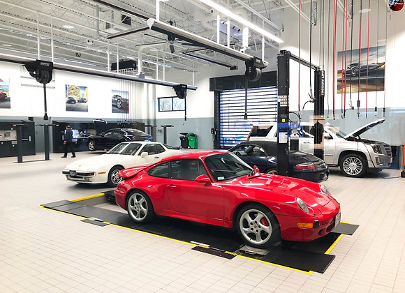 Air-Cooled 911 C4S in Guards Red