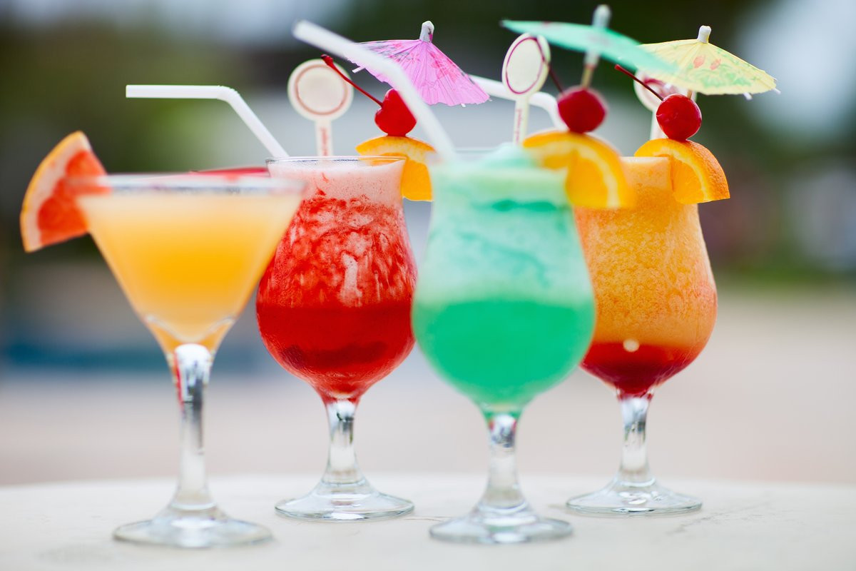 Алкогольные коктейли в Fenix