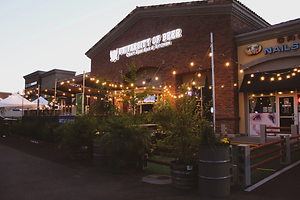 The front of UOB Vacaville location