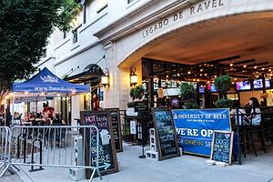The front of UOB Sacramento location