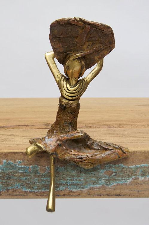 Bronzen vrouw