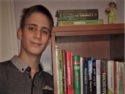 A hét másik szerkesztője: Lakó Levente