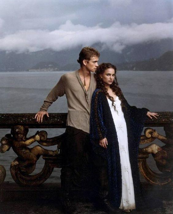 Mi lett volna, ha… Anakin Skywalker nem áll át a sötét oldalra?