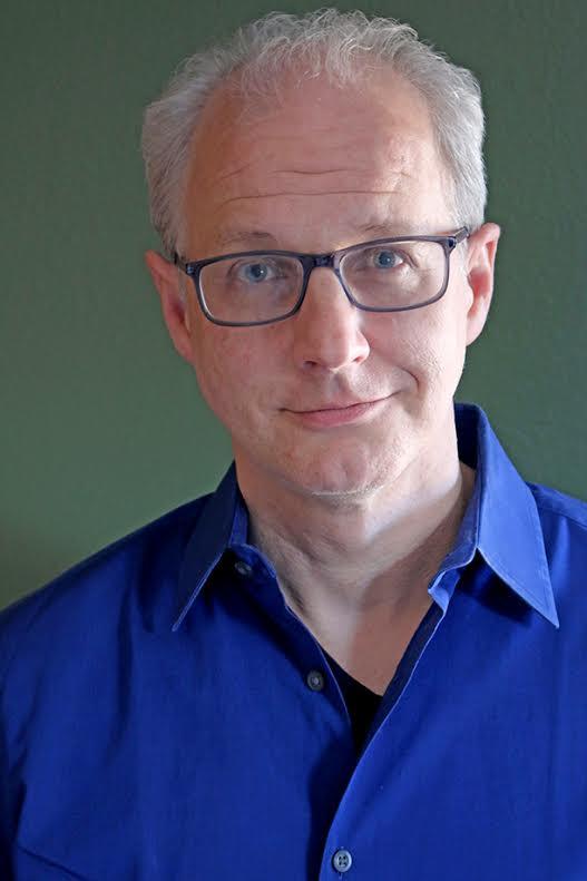 Imádott YA-regény írni - Jeff Giles, A mindenség peremén szerzője