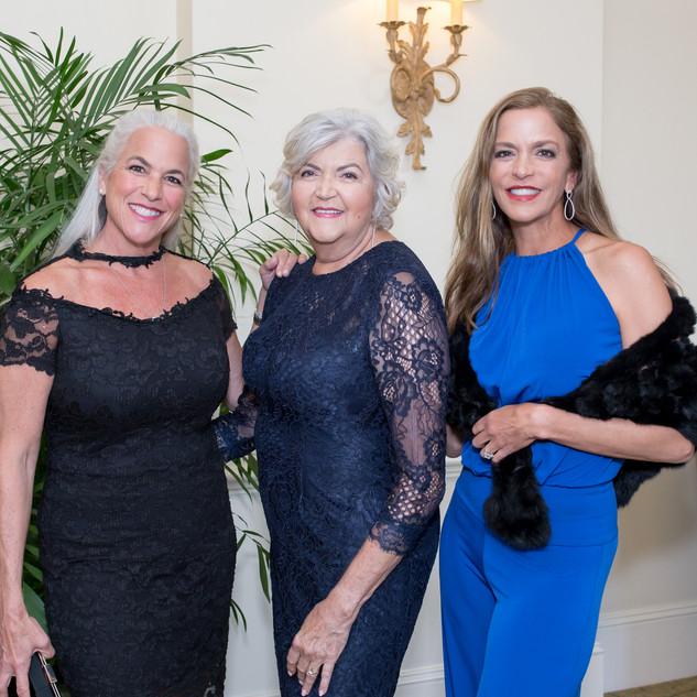 Natalie Staropoli, Theresa Campbell, Nannette Staropoli.jpg