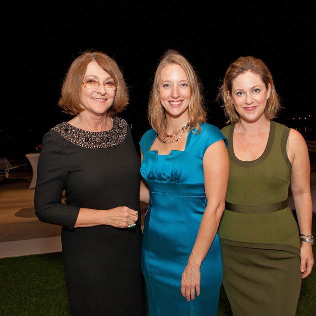 Susie, Mackenzie, Jennifer.JPG