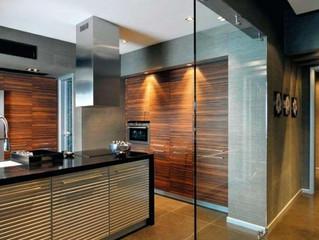 Стоит ли использовать в доме мебель из стекла?