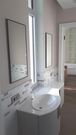 Зеркала в алюминиевой раме