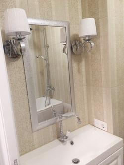 Зеркало в ванную в багете