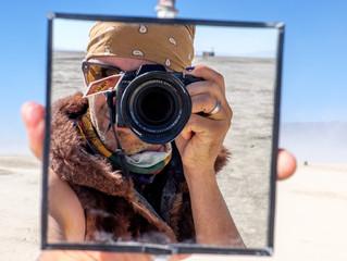 А вы знали, что есть полупрозрачные зеркала?
