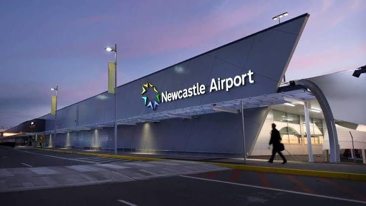 NTL Suburbs<->Newcastle Airport1-6people