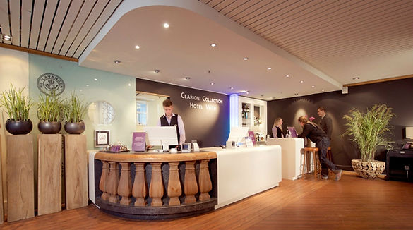 reception-hotel-with-tromso.jpg
