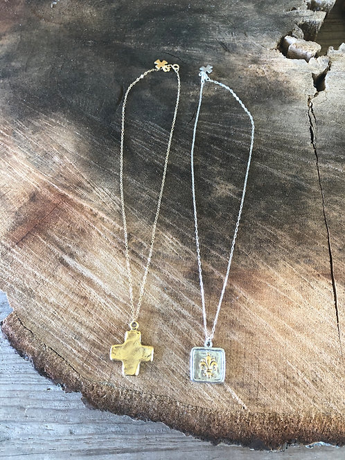 """(CHN10) 16 or 18"""" chain with charm"""