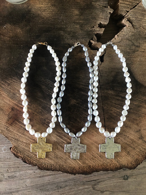 """18"""" baroque pearls with square cross"""