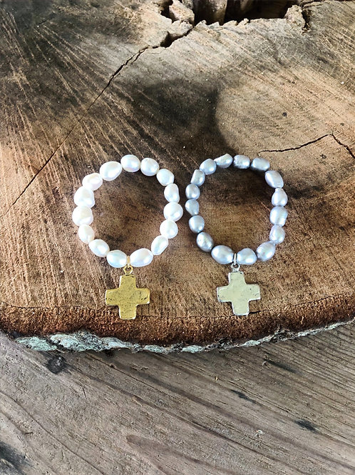 baroque pearls with square cross